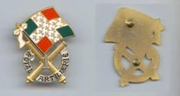 Insigne Du 1er Régiment D'Artillerie - Esercito
