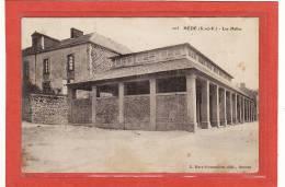 HEDE(35) / EDIFICES / MARCHES / Les Halles - France