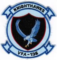 PATCH ECUSSON KNIGHTHAWKS VFA-136 ESCADRON DE COMBATTANT D'AVION DE CHASSE MARINE DES ETATS-UNIS - Aviation