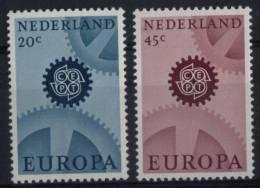 N° 850 Et N° 851 Des Pays Bas - X X - ( E 698 ) - Europa-CEPT