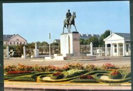 Cpsm Gf -   Tarbes - Statue Du Maréchal Foch   - Lag39 - Tarbes