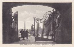 Vatican Il Cancello dell'Arco delle Campane