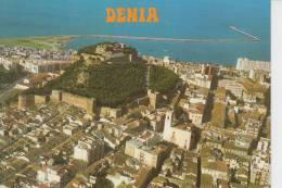 DENIA (ALICANTE).VISTA AEREA DEL PUEBLO Y DEL CASTILLO  CIRCULADA 1976 CON SELLO. AC112 - Alicante