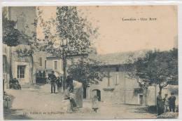 30 // LAUDUN   Une Rue   ANIMEE   Edit Prevot - France