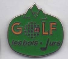 Superbe Pin´s  En Zamac , Golf Les Bois , Jura - Golf