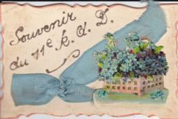 Souvenir Du 11è Régiment De Dragons - Noeud Tissu Et Panier De Fleurs Monté Sur Charnière - - Cartoline