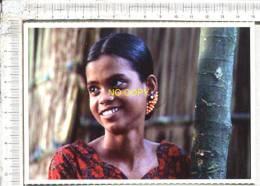 L Eau Du Diable -Population Du Brahmapoutre  D´ Amirul Arham  -   Festival International Du Film D´Afrique Et Des Iles - Bangladesh