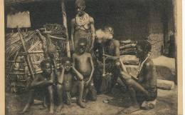 Mosengere Fumant Le Tabac Enfants Et Femmes Nus Drogue Nels Thill Photo Expé Maes - Congo Belge - Autres