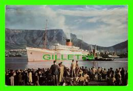 CAPE TOWN, SOUTH AFRICA - MAIL SHIP LEAVES THE HARBOUR - TERENCE J. McNALLY - - Afrique Du Sud
