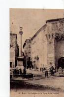 PYRENEES ATLANTIQUES - Riez - La Fontaine Et La Porte De La Prévôté - France