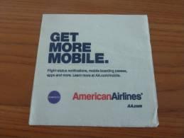 """Serviette Papier """"American Airlines - GET MORE MOBILE"""" Etats-Unis 12,5x12,6cm Pliée (compagnie Aérienne) - Serviettes Publicitaires"""