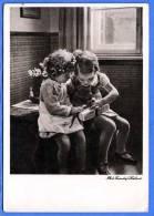 2 Hübsche Kleine Mädchen, Karte Zugunsten Des Deutschen Frauenwerks - Mütterdienst, Phot.Fronsdorf Holland - Kinder