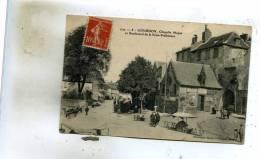 Gourdon  46    La Chapelle Majon Et Boulevard De La Sous-Prefecture -Le Marché Tres Animé - Gourdon