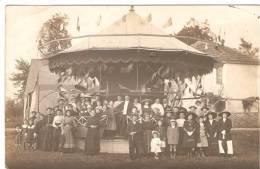 Provins (?). Manege.Carousel Avions. Fête Foraine. - Circus