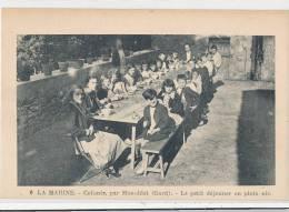 30 // LA MARINE Colonie De Monoblet, Le Petit Déjeuner En Plein Air   ANIMEE - France