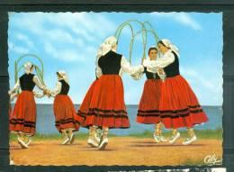 Cpsm Gf -   Folklore Basque - Groupe Bi-Harri - Biarritz - Arku Dantza ( Danse Des Arceaux Fleuris )      - Lah81 - Tänze