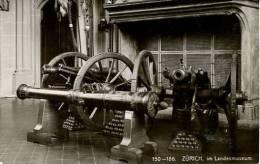 N°28286 -cpa Zurich Im Landesmuseum - Ausrüstung