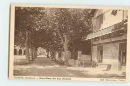 VEDENE : Notre Dame Des Sept Douleurs. Café Rossi. 2 Scans. Edition Nercessian Tabacs - Other Municipalities