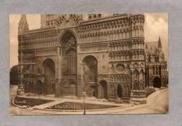34781    Regno  Unito,    Facade  -  Lincoln  Cathedral -  West   Front,  NV - Non Classificati