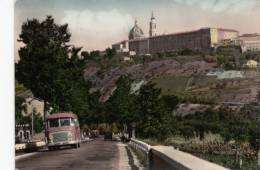Italie - Loreto Lorette - Sanctuaire Shrine - Voiture Car - Circulée Timbrée - 2 Scans - État : Voir 2 Scans - Ancona
