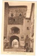 Le Malzieu.Ville  .le Portail De L Enceinte Fortifiée - France