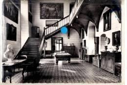 Spontin : Le Hall Du Château - Yvoir