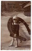 PHOTOGRAPHS CHILDREN GIRL WITH A BIG HORSESHOE PFB Nr. 2992/4 OLD POSTCARD 1917. - Photographs