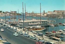 13 MARSEILLE LE PAVILLON DE LA STE NAUTIQUE IMMEUBLES DE LA TOURETTE ET LE CHATEAU PHARO - Old Port, Saint Victor, Le Panier