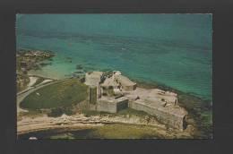 Postcard & Stamp BERMUDA ST. GERORG´S Fortress Fort ST. CATHERINE - Bermudes
