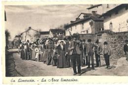 EN LIMOUSIN Saint Priest St Priest Taurion   La Noce Limousine  Avec Violonneux TTB Neuve - Saint Priest Taurion