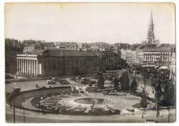 NANTES - Le Jardin D'Enfants, La Bourse Et La Place Du Commerce - Gaby 250 - Nantes