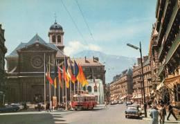 38 GRENOBLE LE CENTRE RUE FELIX POULAT EGLISE ST LOUIS BUS SAVIEM SIMCA P60 - Grenoble