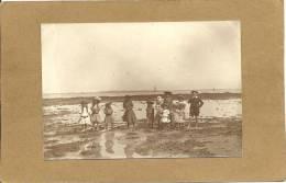 44  LE    POULIGUEN   PHOTO 1903   ENFANTS   SUR  LA    PLAGE  DU    POULIGUEN - Le Pouliguen