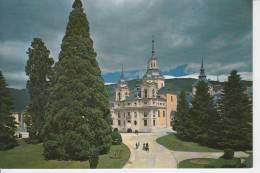 LA GRANJA DE SAN ILDEFONSO.LA COLEGIATA..   NO CIRCULADA  1958 - Segovia