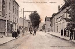 CPA 54  Neuves - Maisons  . Rue De Neufchâteau .  Coopérative . Cliché  Nicolle, Beau Plan - Neuves Maisons