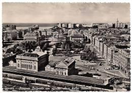GENOVA - STAZIONE BRIGNOLE CON SFONDO ARCO DELLA VITTORIA - 1954 - Stations With Trains