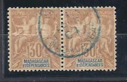 MADAGASCAR  PAIRE DE N� 36  OBL CENTRAGE PARFAIT SUPERBE