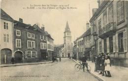 88 SAINT DIE LA RUE D'ALSACE ET L'EGLISE SAINT MARTIN - Saint Die