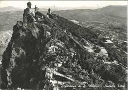 CPSM Saint Marin - Seconda Torre - Très Jolis Timbres De S Marino - San Marino