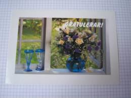 Entier Postal Bouquet De Roses Jaunes Dans Un Vase Et Verres -Suède - Rosas