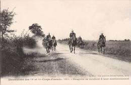 MANOEUVRES DES 13e ET 14e CORPS D'ARMEE 1909 DRAGONS SE RENDANT A LEUR CANTONNEMENT CAVALIER GUERRE - Regimientos
