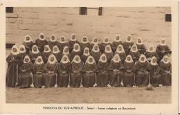 MISSIONS DU SUD AFRIQUE  SOEURS INDIGENES AU BASUTOLAND - Lesotho