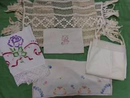 Lot   Chemise-napperon-centre De Table-monogramme-napperon Etc.. - Laces & Cloth