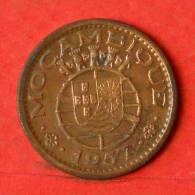 MOZAMBIQUE  50  CENTAVOS  1957   KM# 81  -    (1131) - Mozambique