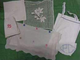 Lot   Linge -napperon-monogramme PC-chemise-serviette PD Etc... - Habits & Linge D'époque