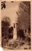Aix En Provence  Oratoire Sainte Anne, Situé Sur La RN 96 à L'angle D'un Petit Chemin N° 32 - Aix En Provence