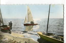 CPSM FORMAT CPA  -  VILLERS-SUR-MER  -  SOLEIL COUCHANT SUR LES YACHTS - Villers Sur Mer
