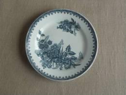Assiette plate Ste Amandinoise Margot. Baies fleuries bleues.Voir photos.