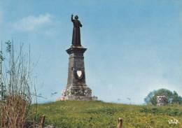 Cp , 15 , PLEAUX , Environs , Le Puy De Bouval , Table D'orientation Et Statue De L'Abbé Filiol Guillotiné  Révolution - France