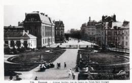 RENNES - Avenue Janvier Vue Du Square Du Palais Saint Georges (736) - Rennes